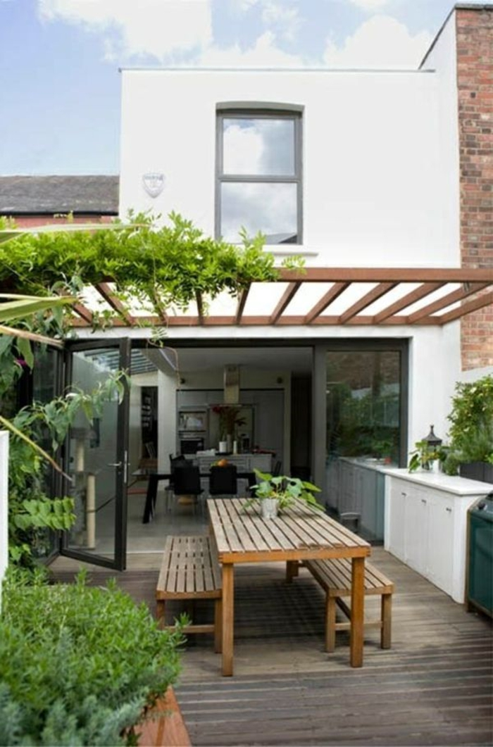 holz veranda bauen holzdielen und holzmöbel