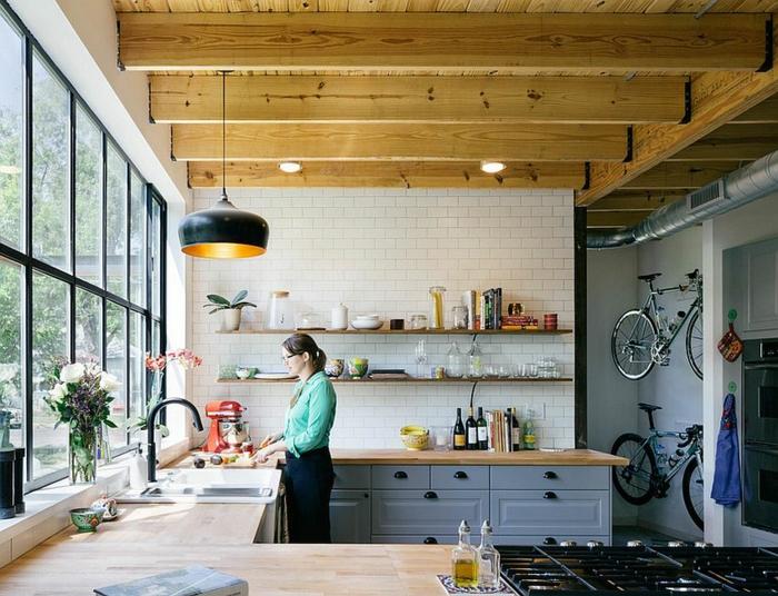kücheneinrichtung industriell funktional holz fenster