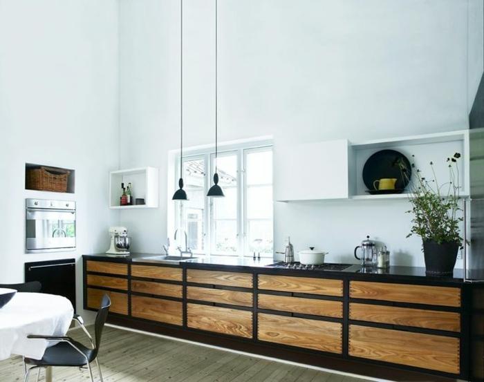 küchengestaltung ideen arbeitsplatte pendelleuchten fenster