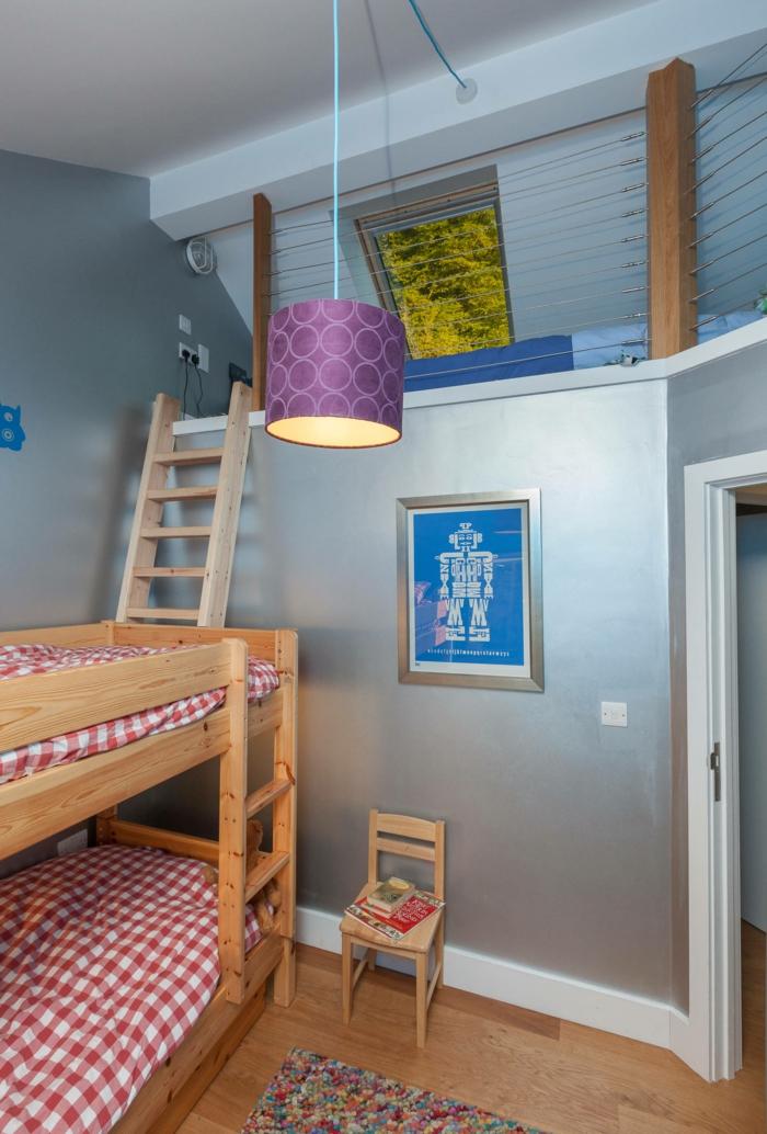 kinderzimmer gestalten hochbett lampe helle wandfarbe