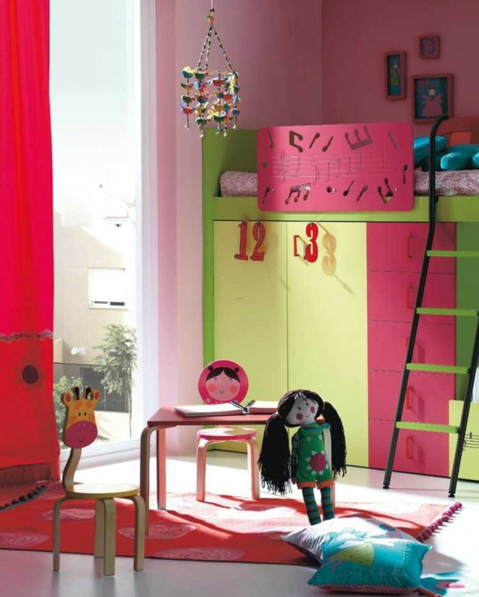 kinderzimmermöbel farbig rota gardinen teppich