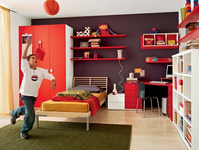 kinderzimmermöbel jungenzimmer gestalten grüner teppich