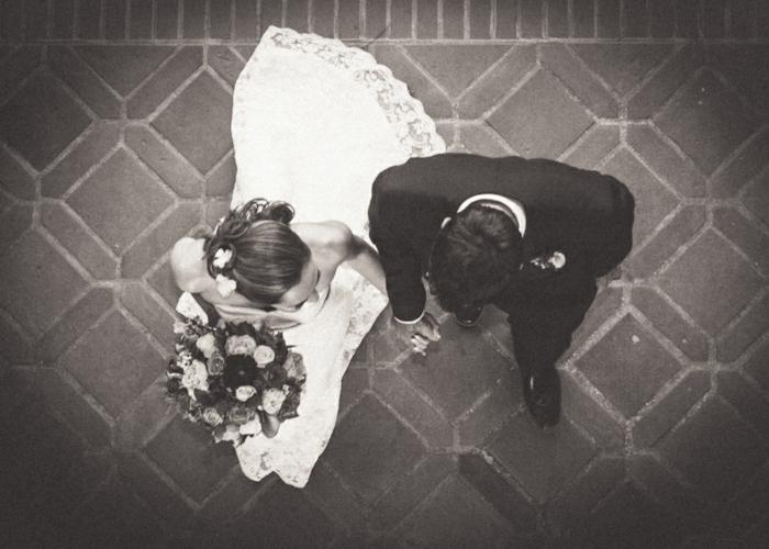 kreative hochzeitskarten hochzeitsdeko schwarz weiße fotografie