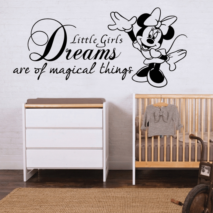 durch wandtattoos kreieren sie herrliche w nde zum verlieben. Black Bedroom Furniture Sets. Home Design Ideas