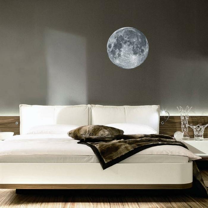 kreative wandgestaltung schlafzimmer vollmond