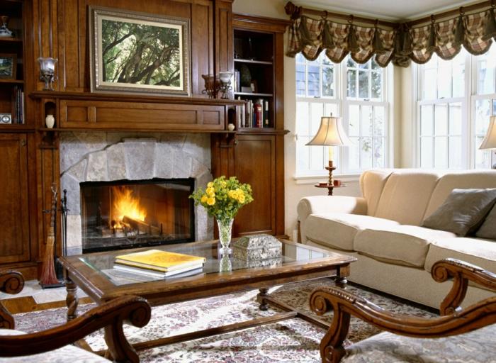 möbel landhausstil wohnzimmer kamin raffrollo