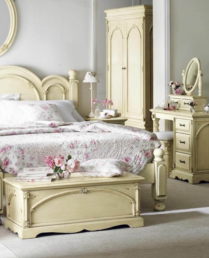 Landhausstil Möbel Schlafzimmer Einrichten Wandspiegel