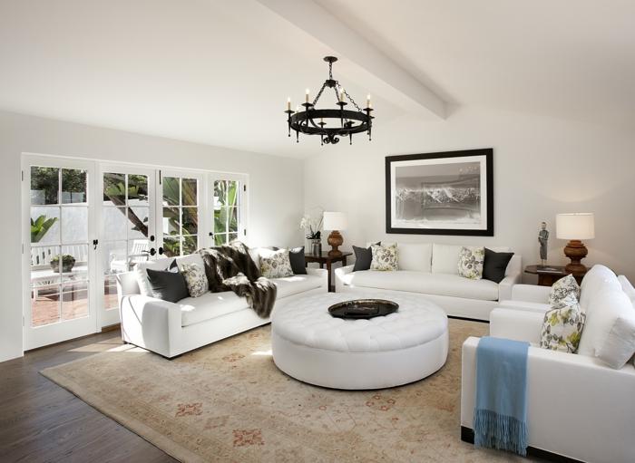 landhausstil möbel zeitgenössisch teppich cooler runder couchtisch