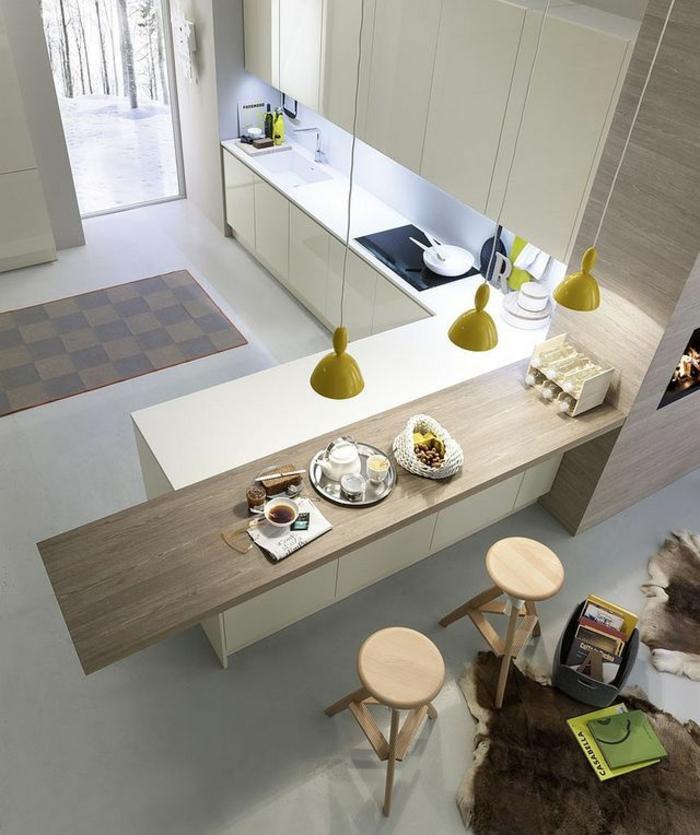 moderne küchen große arbeitsfläche gelbe pendelleuchten