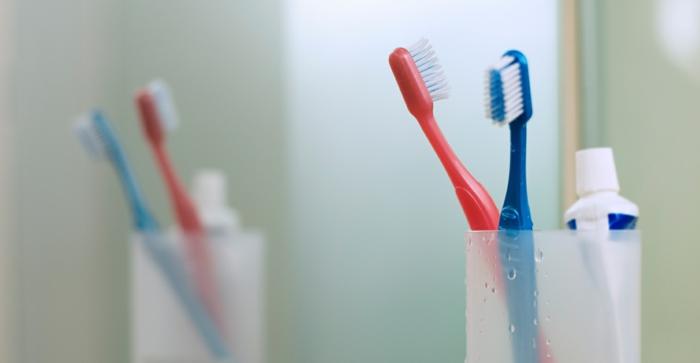 mundhygiene zähne richtig putzen zahnbürsten