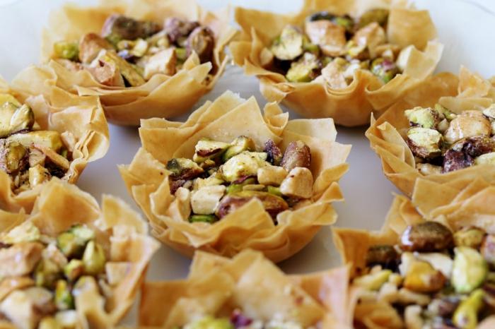 orientalische rezepte arabische stückchen pistazien blätterteig