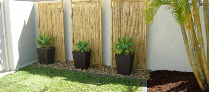 pflanzgefäße außenbereich garten gartennzaun bambus