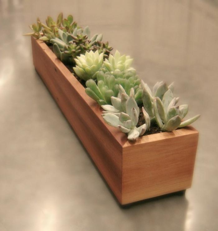 Dekoartikel garten holz  Pflanzkasten aus Holz - Schöne Pflanzenbehälter als Dekoartikel