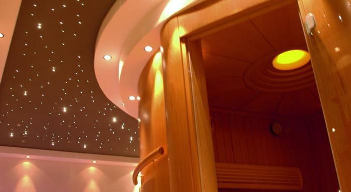 romantik hotels badezimmer sternenhimmel