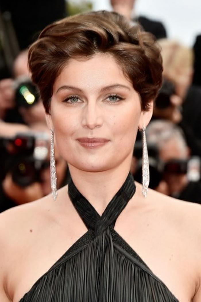 romantische haarschnitte berühmtheiten Laetitia Casta