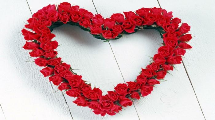 rote rosen überraschung herzform