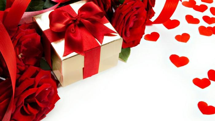 rote rosen blumenstrauß geschenk