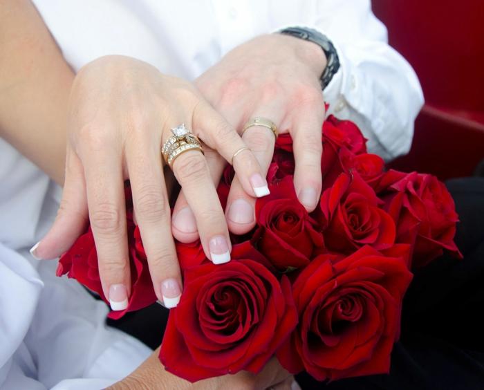 rote rosen hochzeit romantisch