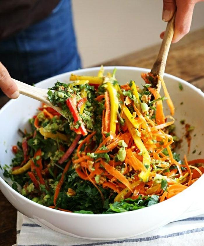 salate zum abnehmen leckere salatrezepte rühren
