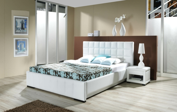 schlafzimmermöbel hell frisch brauner teppich wannddeko