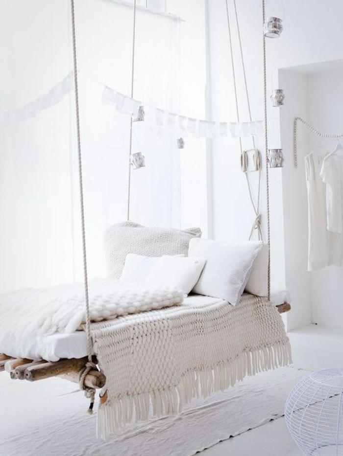 schwebendes bett verspielte gem tlichkeit mit. Black Bedroom Furniture Sets. Home Design Ideas