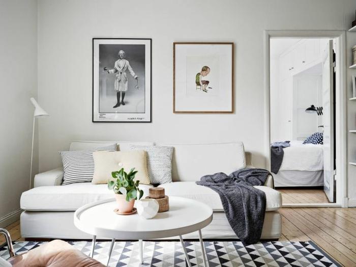 skandinavische teppiche geometrsches muster wohnzimmer weißes sofa
