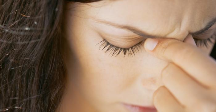 ständig kopfschmerzen verschiedene ursachen tipps