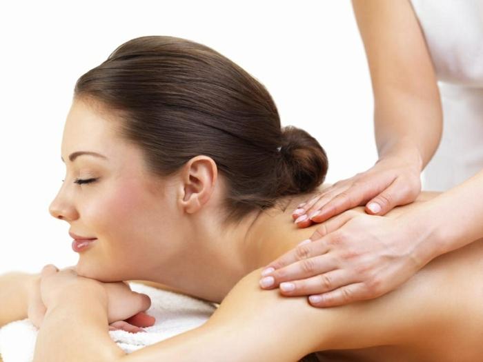 ständige kopfschmerzen bekämpfen durch massage