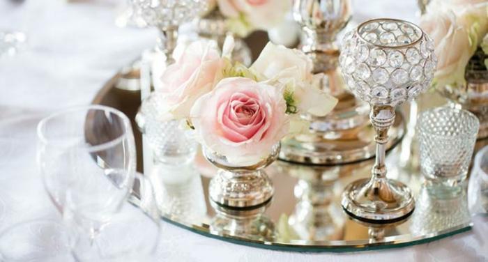 vintage hochzeit pastellfarbene rosen kristallgläser