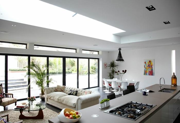 wohnzimmer design integrierte küche panoramafenster pflanzen