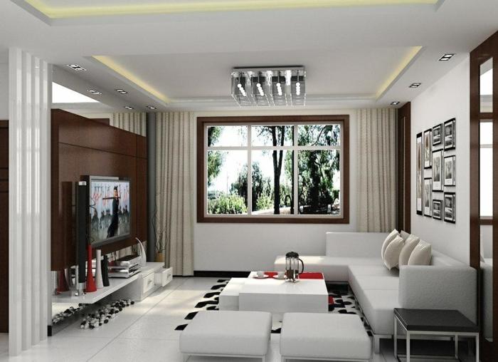 wohnzimmereinrichtung klein weiße möbel teppich weiß schwarz
