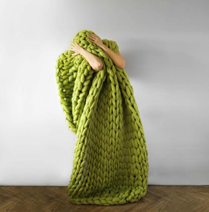 wolldecken strickarbeit fein weich apfelgrün