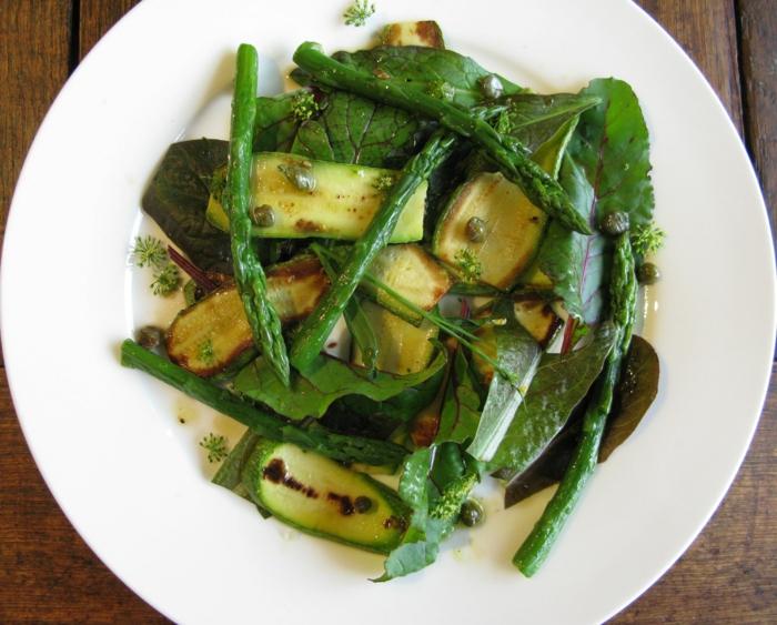 zucchini salat rezepte mit spargel und kapern