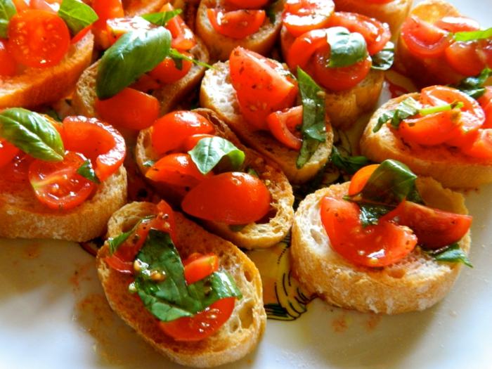 Bruschetta mit Tomaten basilikum