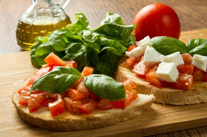 Bruschetta mit Tomaten tymianoel