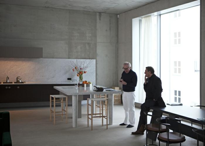 David Chipperfield's apartment loft wohnung berlin industrial möbel