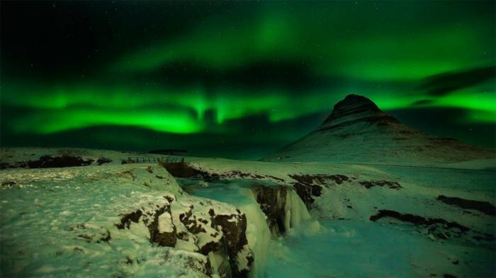 Feen und Elfen auf Island norternlight