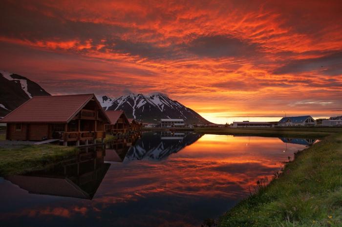 Feen und Elfen auf Island sonnenuntergang