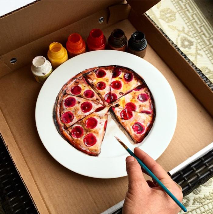 Jacqueline Poirier plart pizza teller porzellan bemalen