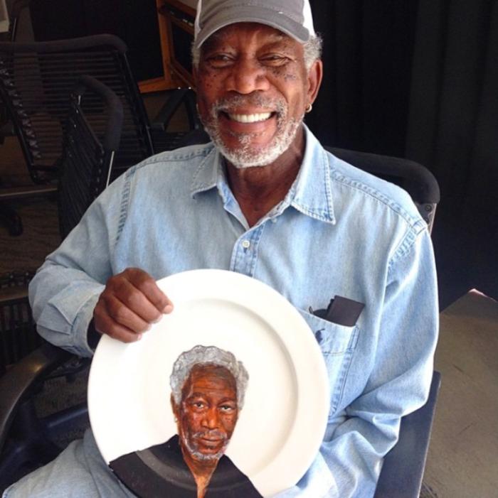 Jacqueline Poirier plart teller porzellan bemalen Morgan Freeman