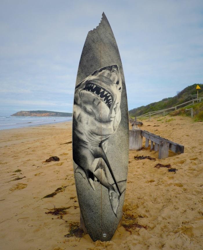Jarryn Dower Art&Design surfbrett bemalen haifisch