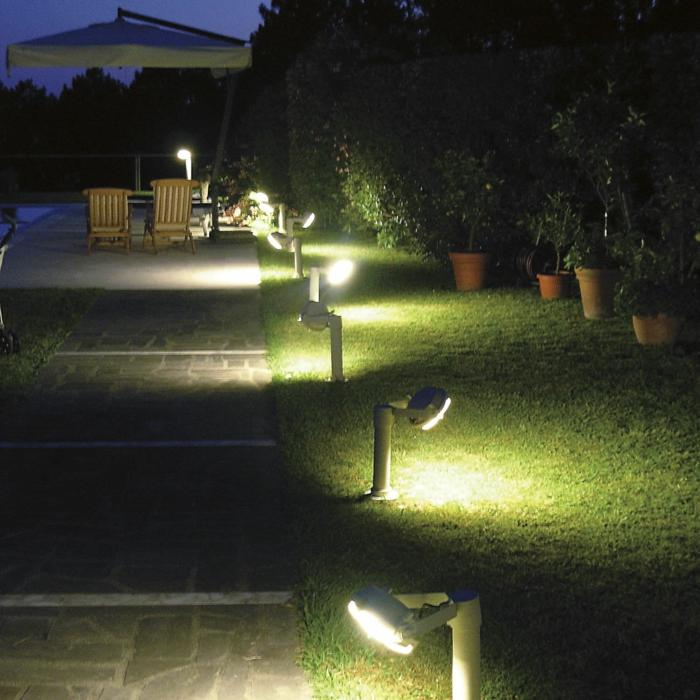 LED Beleuchtung Garten Sommer Nacht