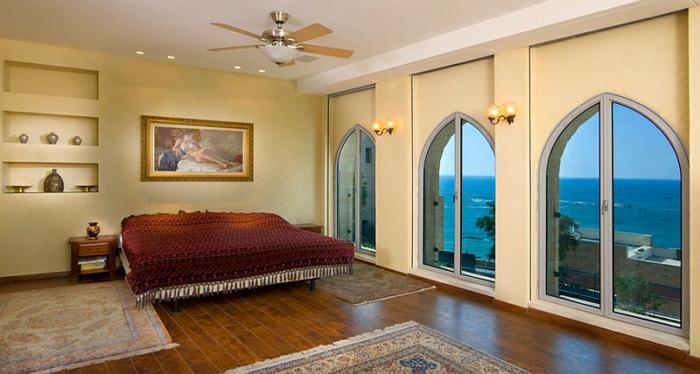 Wohnzimmer in orange braun und teakholz ~ Dayoop.com