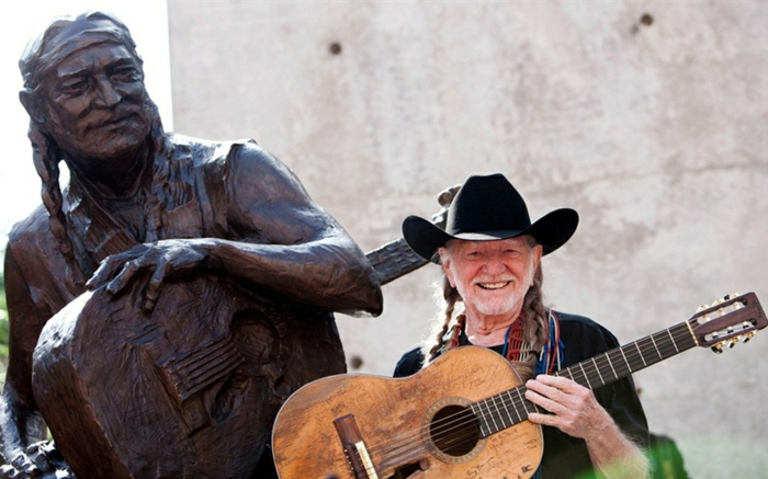 Willie Nelson statue promi news musiker