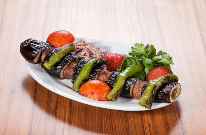 aubergine zubereiten Patlican Kebap türkei typisch