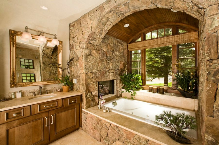 ausgefallene badmöbel rustikal fenster stein badeinrichtung