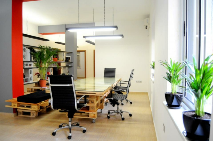büroeinrichtung aus paletten diy möbel home office