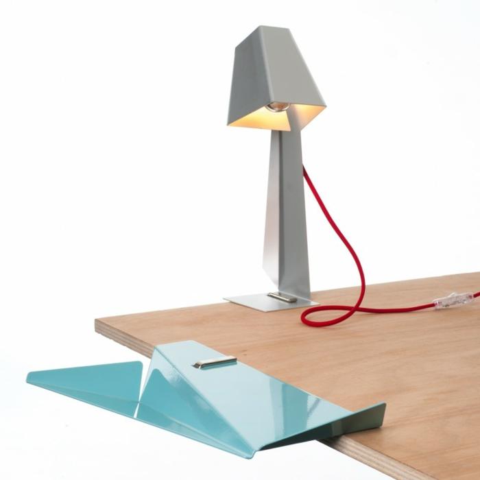 bürozubehör schreibtisch accessoires von pa design lampe und tisch