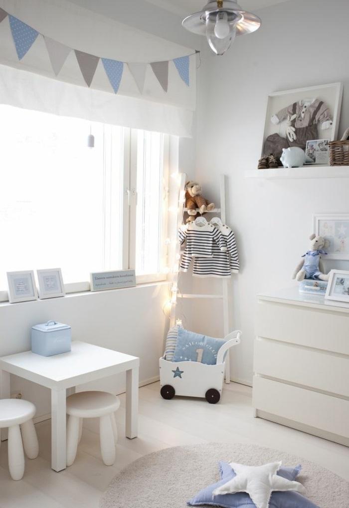 kinderzimmer komplett einrichten jungezimmer spielecke blau weiß