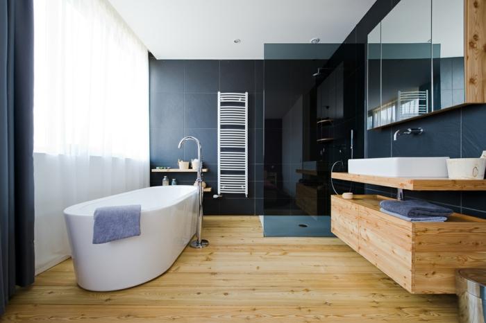 badezimmermöbel freistehende badewanne hölzerner waschbeckenschrank